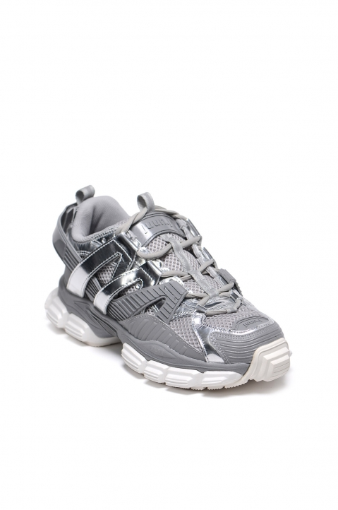 JUUN.J Grey/Silver Low Top Sneakers 1