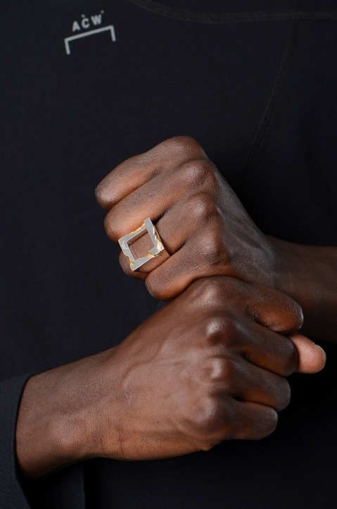 A-COLD-WALL* Oversized Square Gold Leaf Ring 2