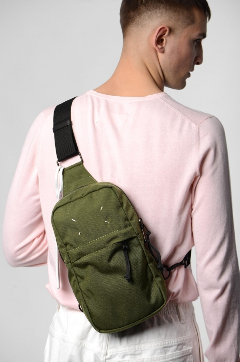 MAISON MARGIELA Green Cross Body Backpack  5