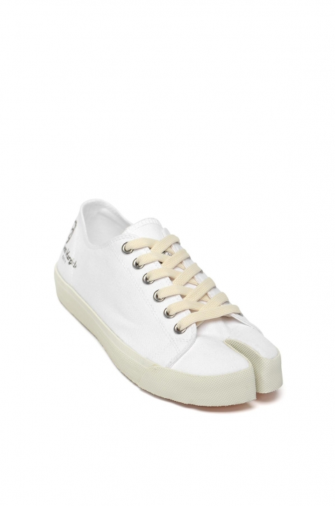 MAISON MARGIELA White Canvas Tabi Sneakers 1