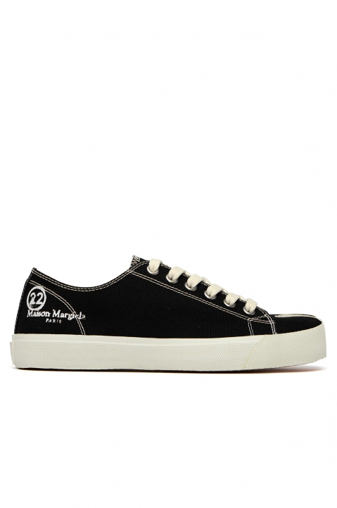 MAISON MARGIELA Black Canvas Tabi Sneakers 0