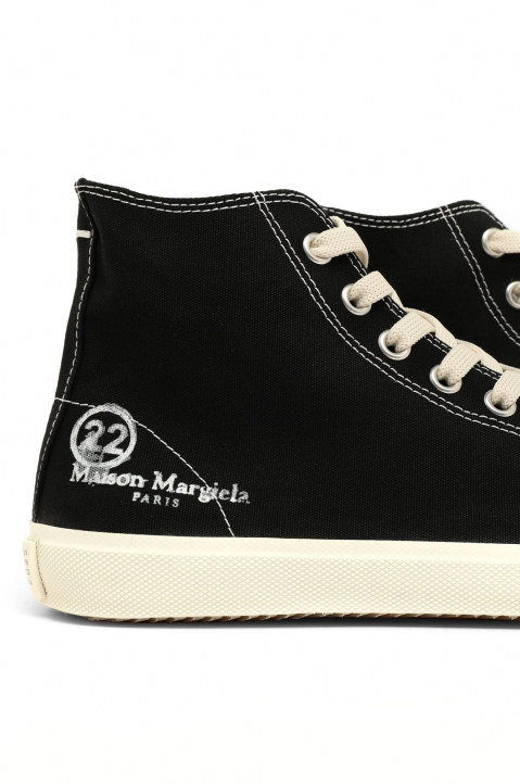 MAISON MARGIELA Black Vandal Tabi Hi Top Sneakers 3