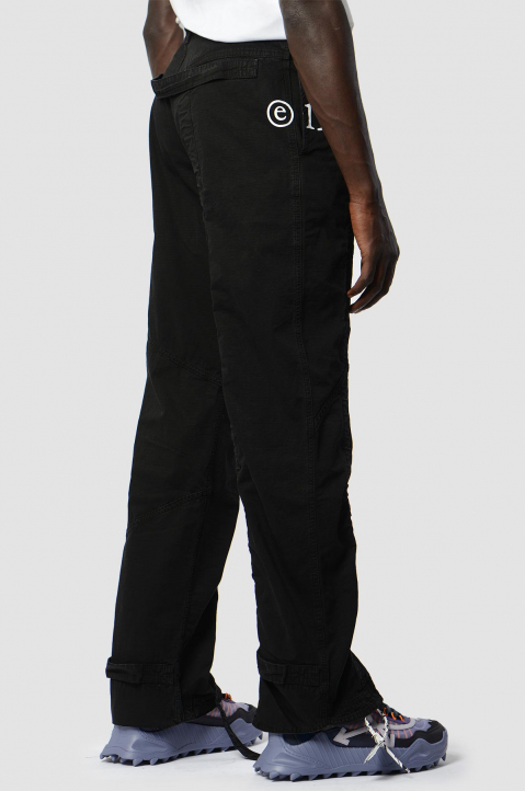 OFF-WHITE Contour Cargo Black Trousers 2