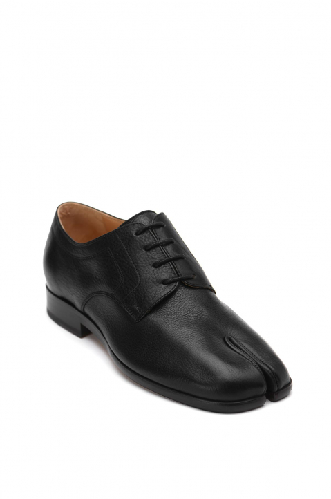 MAISON MARGIELA Black Tabi Lace-Up Shoes 1