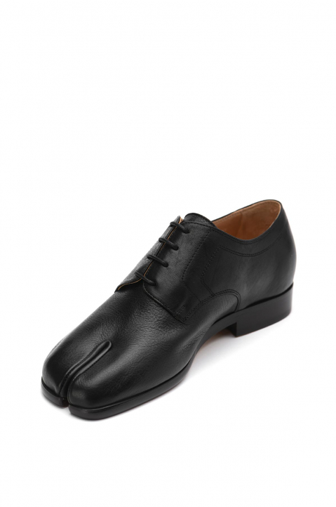 MAISON MARGIELA Black Tabi Lace-Up Shoes 3