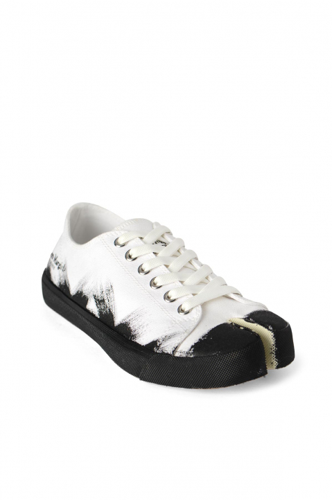 MAISON MARGIELA White Painted Canvas Tabi Sneakers 1