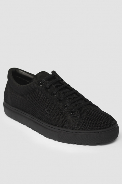 ETQ Carbon Black Low 1 Knit Sneakers 1